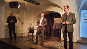 Vortrag von  Dr. Mathias Schnetzer: Out of balance - Weshalb wir über Vermögensungleichheit sprechen sollten!  |   Gerhard Pušnik - Dr. Mathias Schnetzer - Walter Müller  Bild:spagra