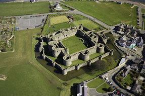 Luftaufnahme vom Beaumaris Castle
