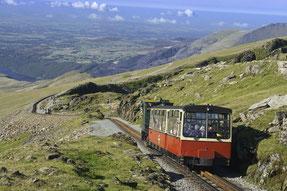 Herrlicher Ausblick auf der Fahrt mit der Snowdon Railway