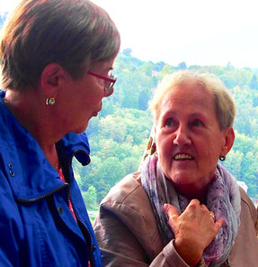 engagierte einheimische Rentner trifft man hier überall