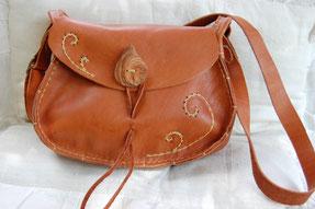 """sac en cuir  """"petite pomme"""" création artisanale de Fileuse d étoiles"""