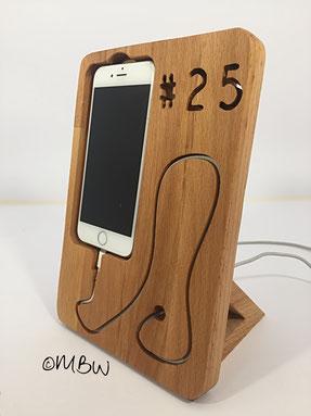 Ladestation aus Holz - Iphone 6 - persönliche Gravur