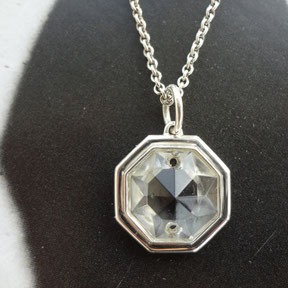 collec, Franziska Aeschimann Anhänger aus antikem Kristallglas, gefasst in Silber