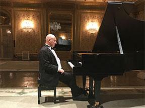 Pianist Boris Bloch