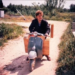 Klaus und Heuballenkistentransport