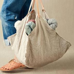 FOUR CORNER BAG  24,90 €