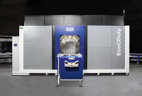 Eine unserer Reinigungsanlagen, die EcoCDuty, zum Reinigen von Großteilen und einer Masse bis zu 1 Tonne Gewicht.