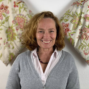 Hebamme Silvia Semrau, Hebammenpraxis Andere Umstände