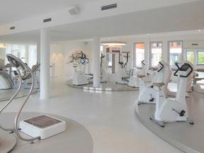 Fitnesstudio Nassraumplatte