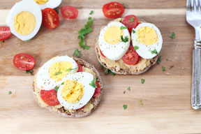 Open-Faced Hummus and Egg Breakfast Sandwich Recipe