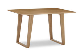 moderner Massivholztisch aus Eiche. Esstisch