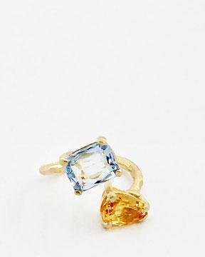Astrid Siber - Freestyle stone ring big- Silber vergoldet 14 Karat Gelbgold, Aquamarin-Synthese, dunkler Zitrin