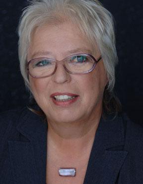 Porträt Trainerin Regine Brick