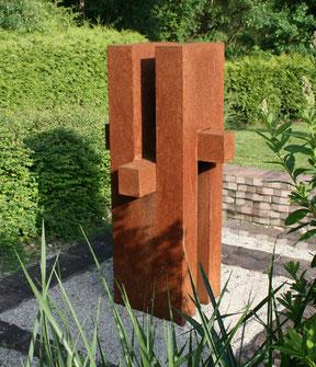 "Theo BLAICKNER, ""ohne Titel"", Stahlblech, 170 x 80 x 80 cm"