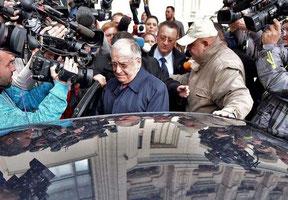 L'ancien président Ion Iliescu accusé de crimes contre l'humanité