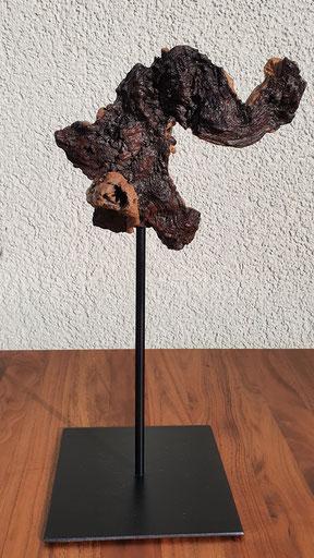 Skulptur 2 / Mopani (Eisenholzwurzel) auf Stahlfuss / Januar 21 / Höhe 37 cm