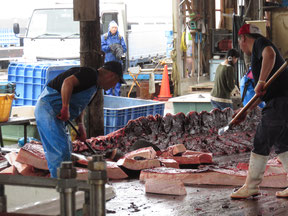 The meat usually sells for about 2000 yen a kilogram