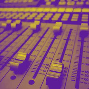 mixing house music production and techno