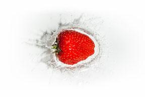 Foto Tipp: Früchte in Wasser fallen lassen und Wasserspritzer fotografieren