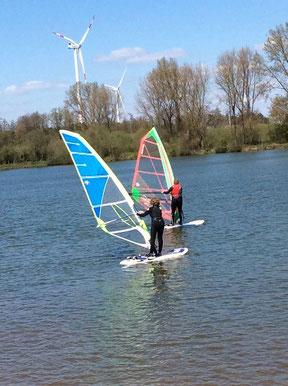 Godelieve en Alexander als eerste op het water.