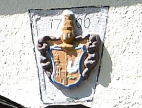 Bild: Teichler Rotes Haus Wappen Wünschendorf