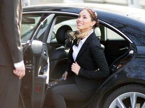 Taxi Bosch bietet Personenbeförderungen in und um Weilheim an.