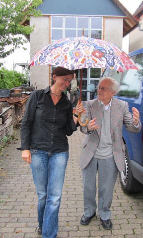 """Jehuda Bacon und Christa Spannbauer bei den Dreharbeiten zum Film """"Mut zum Leben"""""""