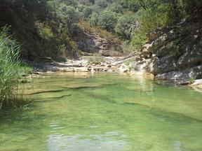 séjour zen en aragon pyrénées sierra de guara nocito piscine naturelle marche consciente bien-etre naturisme sauvage théraoie holistique chamanisme élémentaux