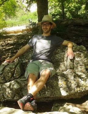 Ich sitze im Felsenthron