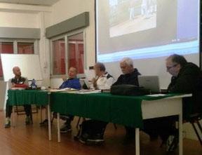 Una foto della commissione ad un recente esame (da Oldman)