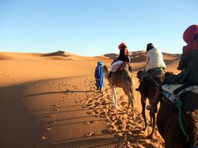 さあ!サハラ砂漠内のテントに向けて出発!