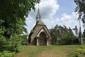 Ansicht der Kapelle auf dem Loermund