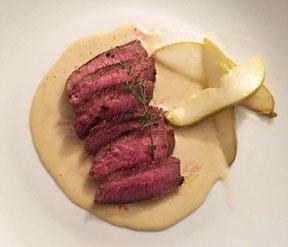 Lamm an Roquefort-Sauce