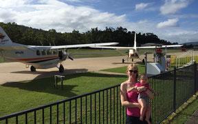 Rundflug über das Great Barrier Reef mit Baby