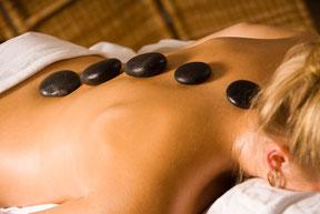 Hot Stone Massage Vital und Gesund TCM Hamburg
