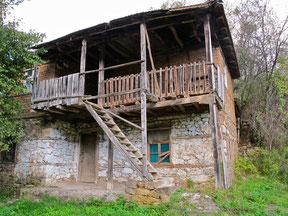 altes makedonisches Bauerhaus nahe des Orid-See