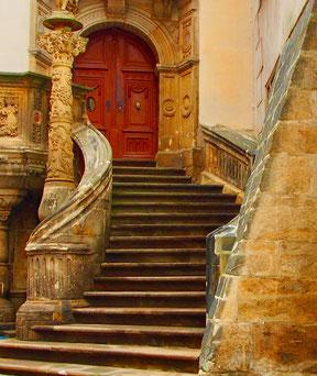 ein original erhaltener Treppenaufgang in der Altstadt