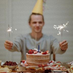 Teenager Geburtstag feiern trotz Corona Party planen