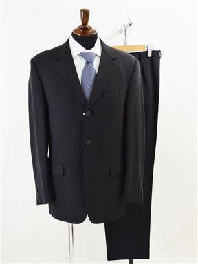 ジャンニヴェルサーチのスーツ買取り