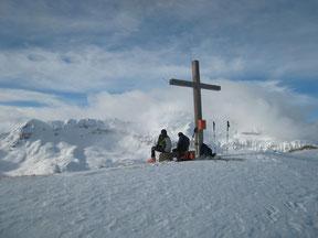 Mit Ilja auf Skitour am Hüneri