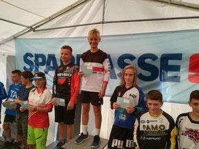 Bjarne Schedler gewinnt Boys 12-13 .......