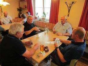 Josef Kneifl als konzentrierter Spieler