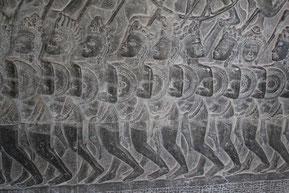 アンコール・ワット回廊の壁面の彫刻
