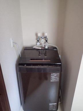 電気温水器の場所に洗濯機を移設