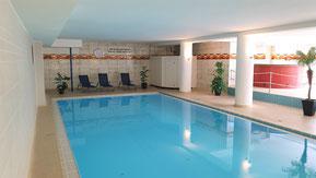 Schwimmbad und Sauna zur Nutzung für Gäste