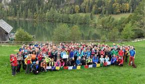 160 Wanderer sammelten gemeinsam 12.400 Euro für den Wiederaufbau in Nepal.