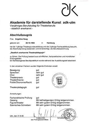 Abschlußzeugnis von Angelina Haug an der Akademie für darstellende Kunst, adk-Ulm