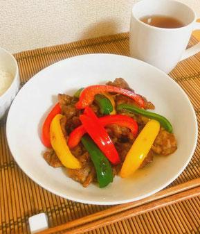 パプリカと豚肉の甘酢炒め / トリプトファンたっぷり