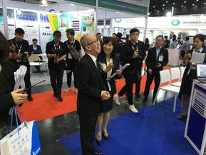 タイSiriエネルギー大臣に技術集を紹介