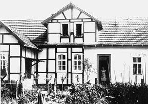 Gebäude der jüd. Volksschule in den 1950er Jahren nach der Renovierung